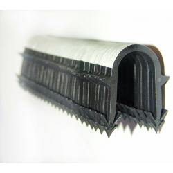 Klips krótki do mocowania rur przy użyciu takera (500 szt.)